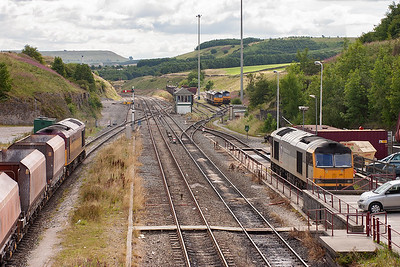 About one fifth of the active class 60 fleet are visible in this shot, we have 60045, 60061, 60500, 60015 and 60063.