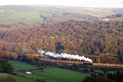 The last up train of the day left Grosmont about 8 minutes down. Q6 63395 fronts 2P15 1650 off Grosmont to Pickering. The timing is perfect as the falling sun just catches the top of the track bed and the train.