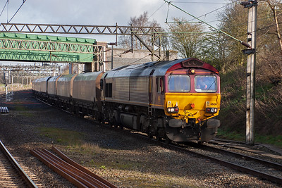 I'm on a run from Crewe to Mossend in the support coach with A4 60009 and K4 61994 on a positioning move ahead of the first Great Britain railtour. 66136 heads south at Weaver Junction working 4G20 0736 Fiddlers Ferry to Washwood Heath empty coal hoppers. 6/4/2007