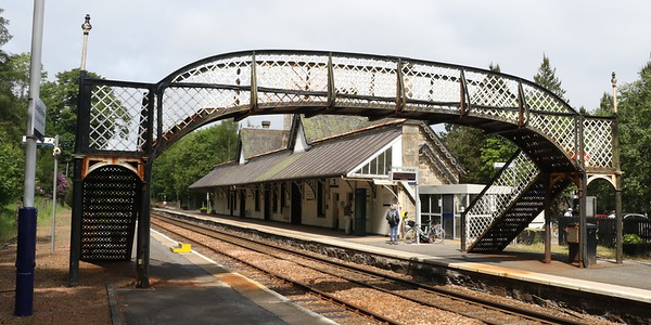 Footbridge looking from platform 2