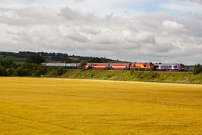 The leading Leuchars bound turbostar clears the rear class 67.