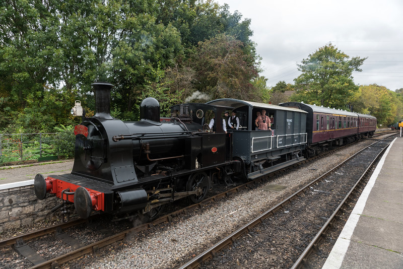 'Willy' the Well Tank arrives at Bitton 14/10/17