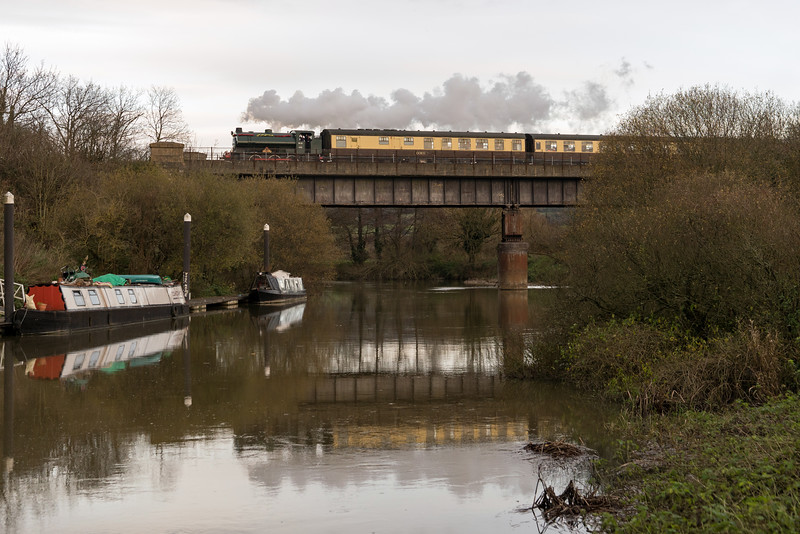 Sapper away from Riverside on the first day of Santa Specials 26/11/17