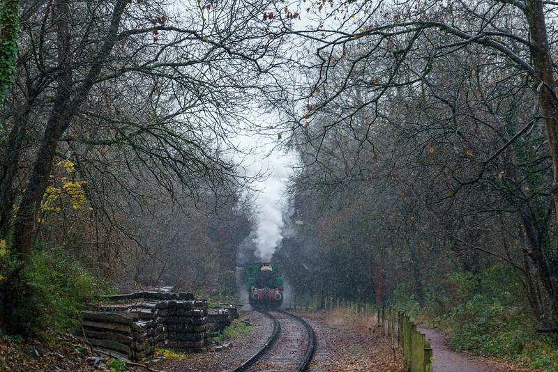 Tkh 4015 'Karel' on Santa duties at Avon Valley Railway in snowy conditions under Cherry Gardens 10/12/17