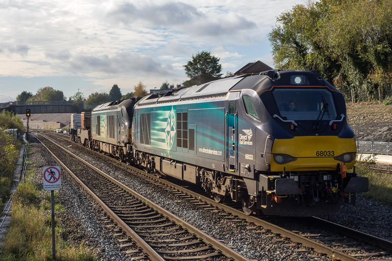 68033 + 68002 on Bridgwater flasks to Crewe past Filton 25/10/17