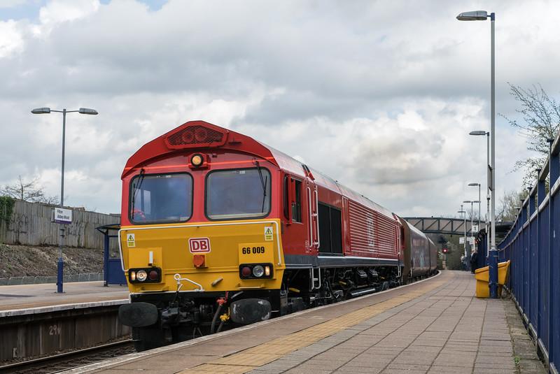 66009 on an Avonmouth to Westbury working past Filton 28/3/17