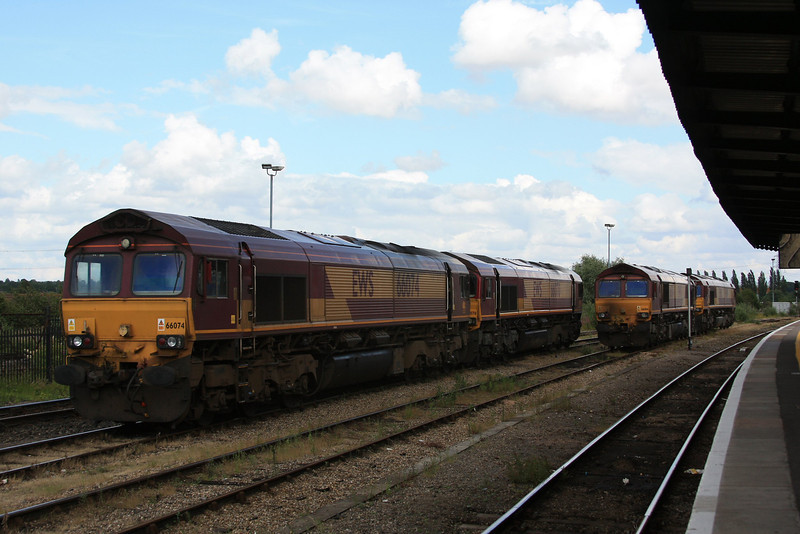 66074 + 66070 + 66014 + 66149 all stabled 07.07.11