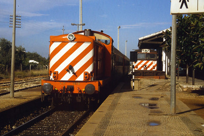 1419 at Loule with 1808 stabled