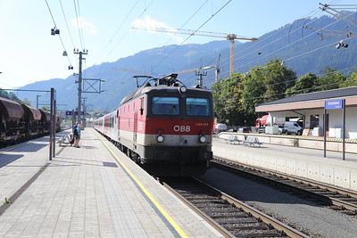 1144 273 about to take us from Kitzbuhel to St Johann in Tirol