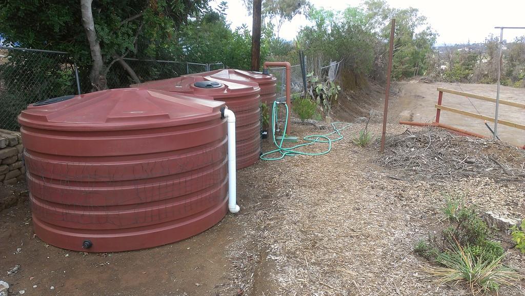 3 x 1,100 gallon Bushman Low Profile Tanks