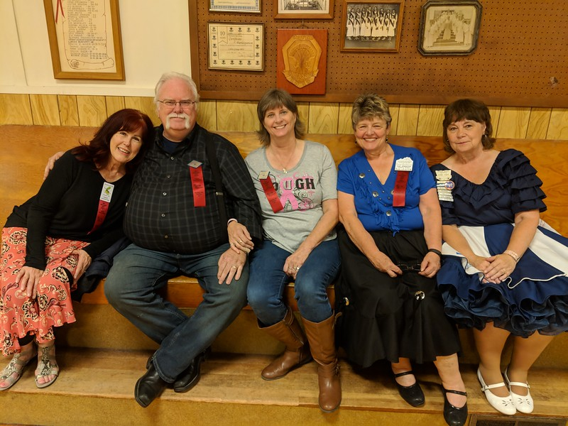 What can you say??? A man is probably happiest when surrounding by beautiful, adoring ladies! Frank Chase, with Nancy Woodford, Kathy Chase, Gail Johnston, and Donna Rohde.