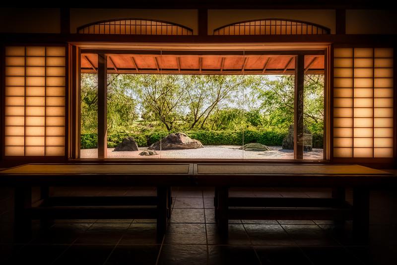 Sitting in Zen
