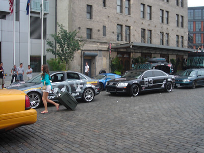 More BullRun vehicles line up in front to the hotel.