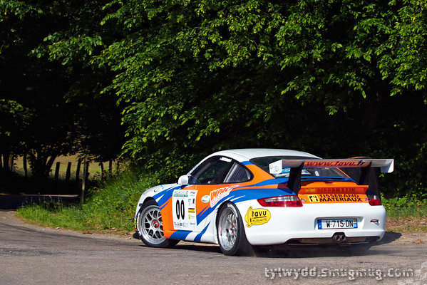 Equipage n°00<br /> <br /> VOIRIN Christophe <br /> <br /> Porsche 997 CUP