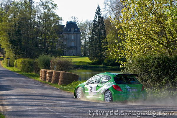 Equipage n°55<br /> <br /> BOUCHY Raphael<br /> COMPAIN Arnaud<br /> <br /> Peugeot 207 S2000