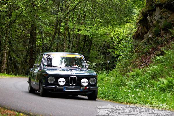 Equipage n°200<br /> <br /> SCHMITT Francois<br /> PIERRAT Brice<br /> <br /> BMW 2002 TI