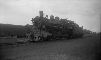 2021.001.NO.03.010--ralph wehlitz 116 neg [photographer unknown]--C&NW--steam locomotive 4-6-0 R-1 489--Marshfield WI--no date