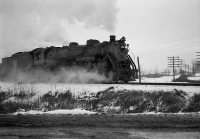 2021.001.NO.01.020--ralph wehlitz 6x9 neg [photographer unknown]--SOO--steam locomotive 4-8-2 N-20 4005--Marshfield WI--no date
