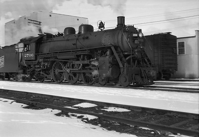 2021.001.NO.01.014--ralph wehlitz 6x9 neg [photographer unknown]--SOO--steam locomotive 4-6-2 H-21 2707--Marshfield WI--no date