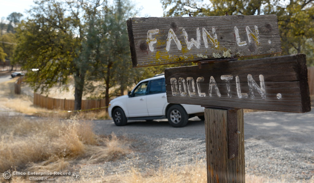 . A law enforcement vehicle makes it\'s way down Bobcat Lane off of Fawn Lane in Rancho Tehama where several shootings occured in the community Tues. Nov. 14, 2017. Five people are dead including the shooter and ten people are injured. (Bill Husa -- Enterprise-Record)