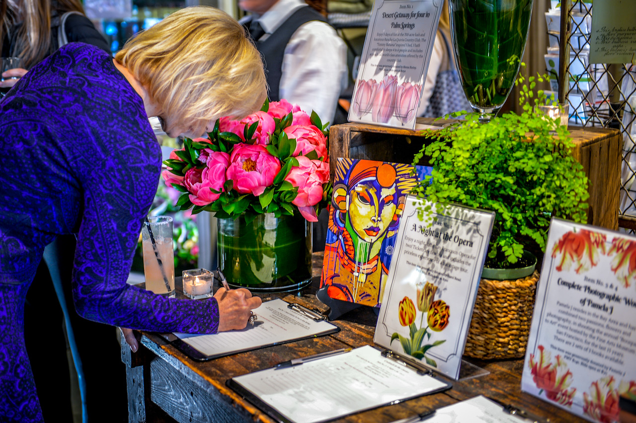 2016-05 Random Acts of Flowers Event-5