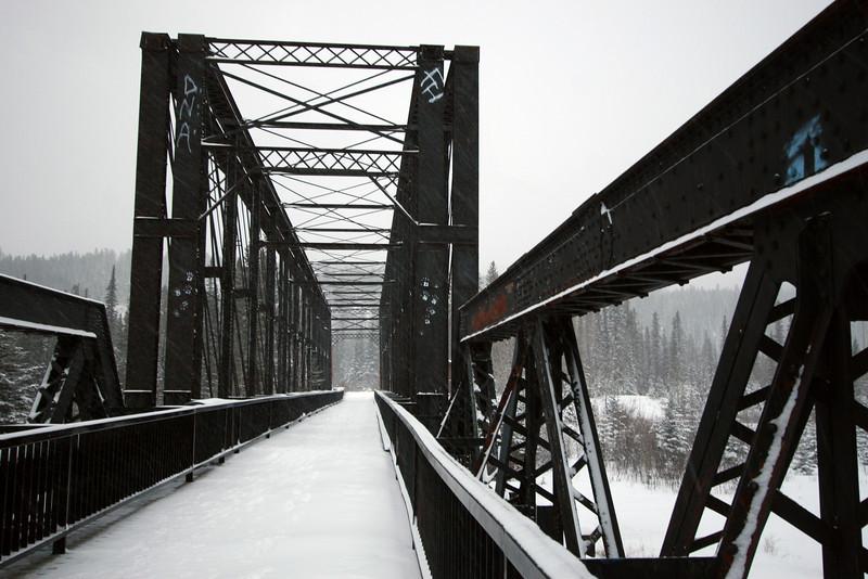<b>14 Jan 2011</b> Engine Bridge