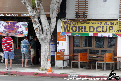 World Cup Soccer - USA vs England - at 1739 Public House in Los Feliz - June 12, 2010