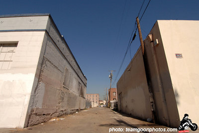 Downtown Los Angeles alley - September 2006 - Photo