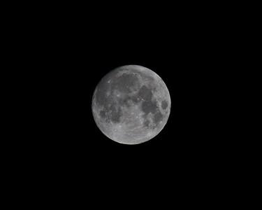 100-400mm test moon shots