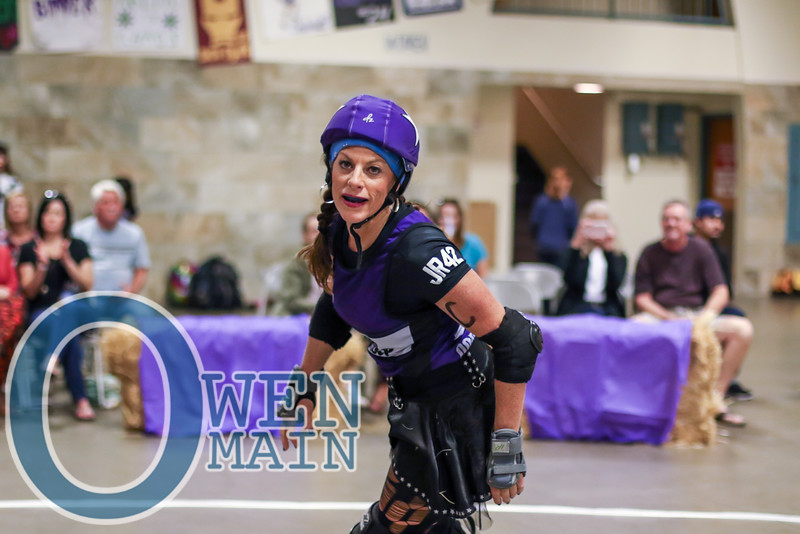 Was fun to shoot CJ's last roller derby match on Saturday. Congrats on a great 10-year derby career!