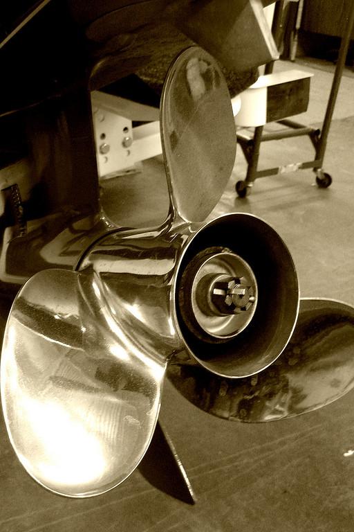 shiny propeller