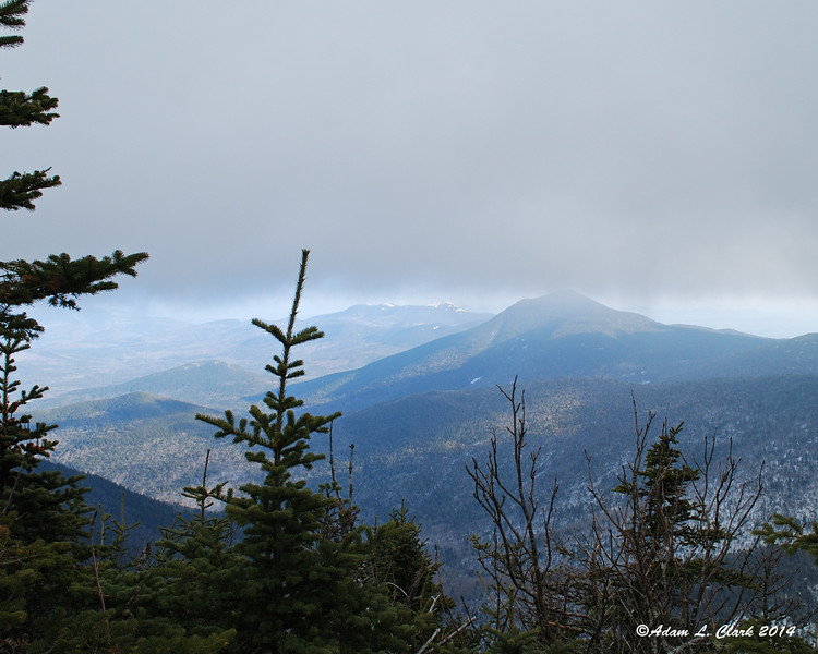 12.28.2014 <br><br>Another picture from yesterday's hike.  In the 40 minutes it took to get from North Tripyramid to Middle Tripyramid, the clouds had started to come in and limit the views