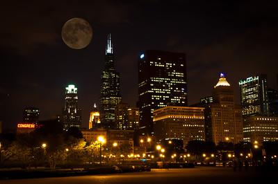 Moon Over Willis