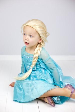 Queen Elsa 04
