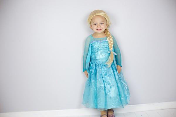 Queen Elsa 16