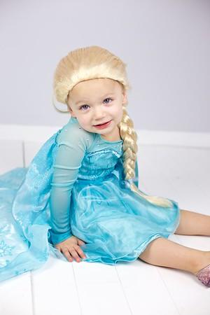 Queen Elsa 02