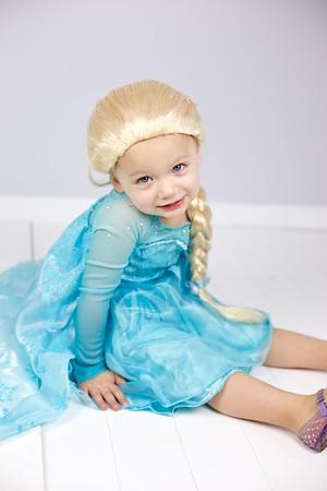 Queen Elsa 01