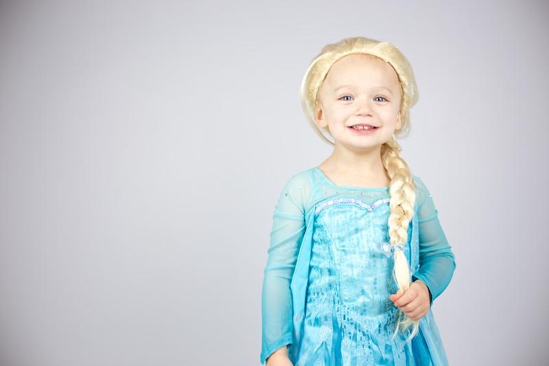 Queen Elsa 09