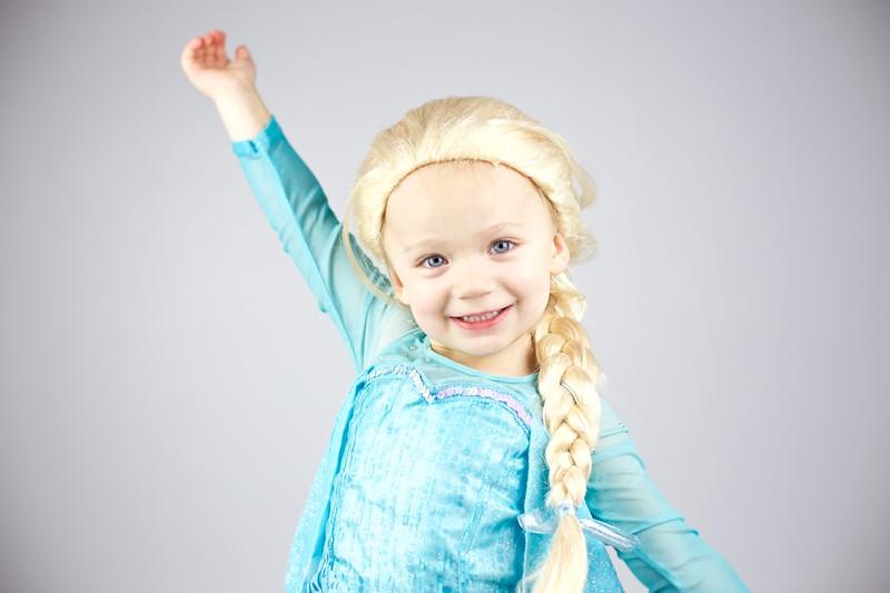 Queen Elsa 11