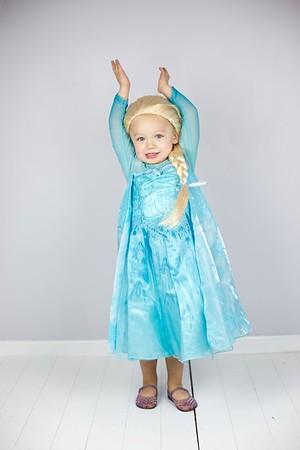 Queen Elsa 13