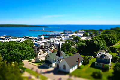 Mini-Mackinac