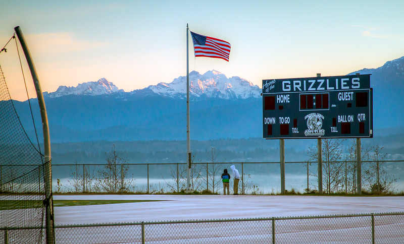 Daybreak at Glacier Peak High