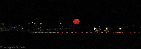 red moon over blountville, tn airport-0770