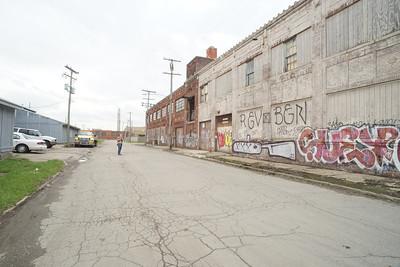 20140430 Halena and Aurelia in Detroit