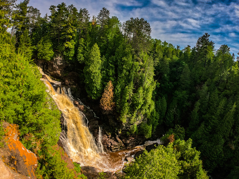 Got a hold of my buddy and we met up at Big Manitou Falls (tallest waterfall in WI) on my way back.