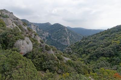En route vers Baume Rousse, en bas vallon de l'Arc