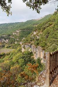 Sentier du cirque - Au dessus de la Font de l'Avocat