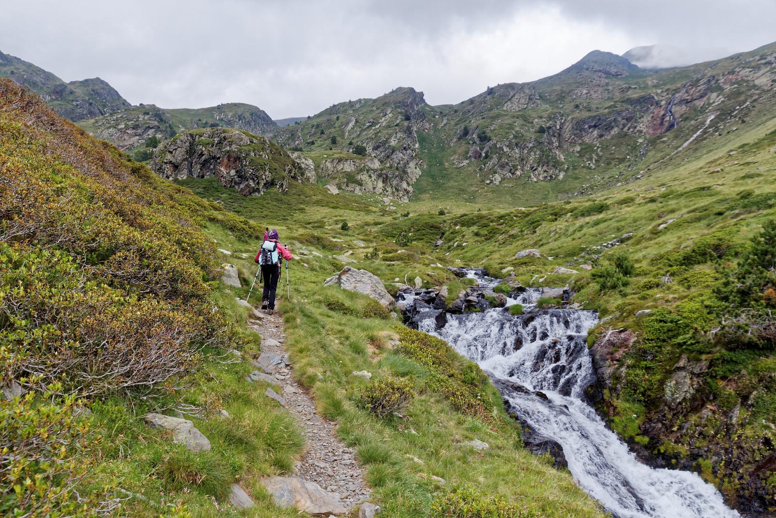 Vallée de Ransol - Le long du Riù dels Meners - Sous Costa Gran