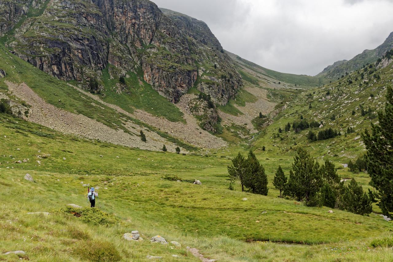 Col d'Inclès - Etangs de Fontargente - Vallée de Manegor - Col d'Inclès au fond