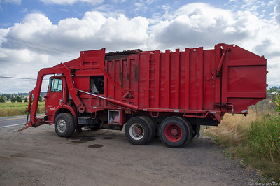Volvo/ Heil Full-Pack Front Loader